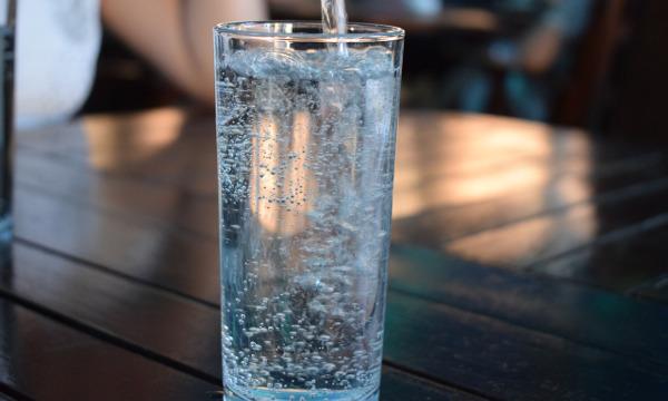 Woda pełna minerałów z odwróconą osmozą Ecoperla Profine Zero