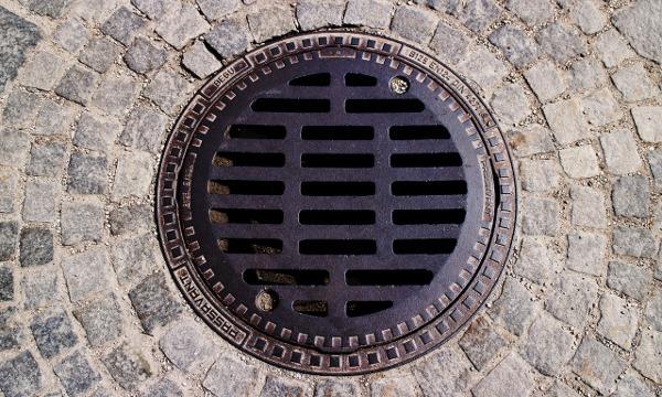Odrzut wody do kanalizacji